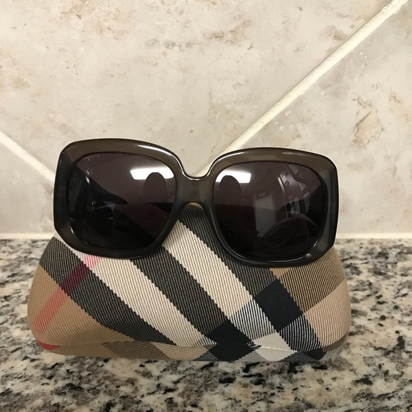 c2be9161d1d6 Burberry Accessories - Women s Burberry Sunglasses